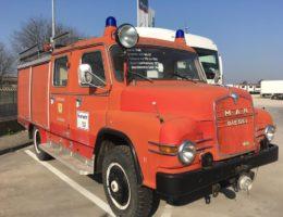 camion d'epoca vigili del fuoco