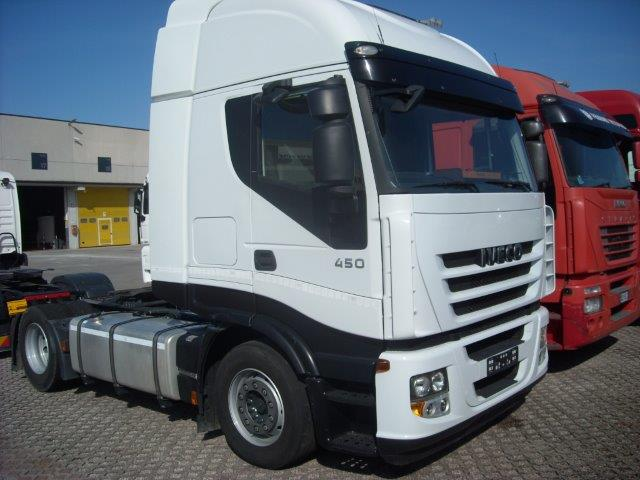 iveco-stralis-as440
