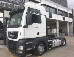trattore stradale usato man tgx 18.440